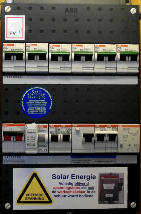 Groepenkast met markering PV-installatie